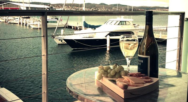 Best place to stay in hobart: Somerset on the pier hobart