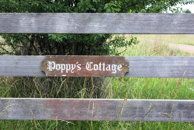 Poppy's Cottage, Armidale, Farmstay, New England